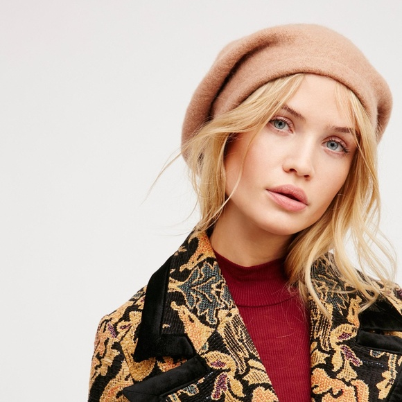 e41aef96828bd Free People - Bisous Slouchy Beret